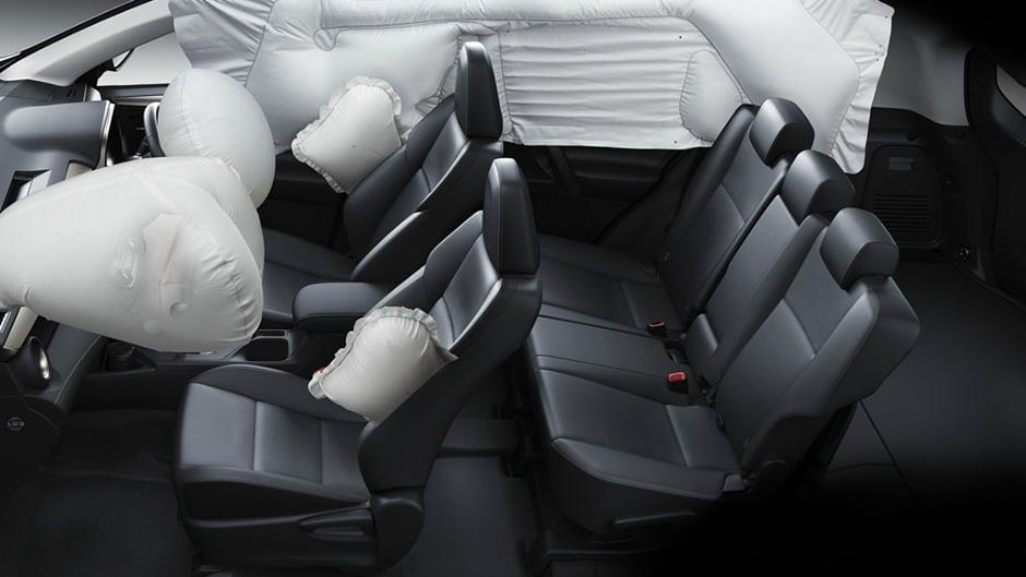 17ike-rav4-ng-srs-airbags-940x529